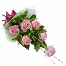 Bouquet of 6 Long Stemmed Pink Roses