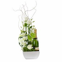 Designer Flower Arrangement with Sparkling Wine